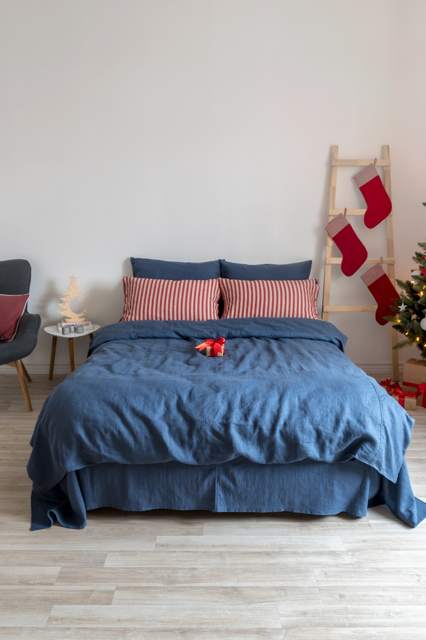 Denim blue linen bedding set