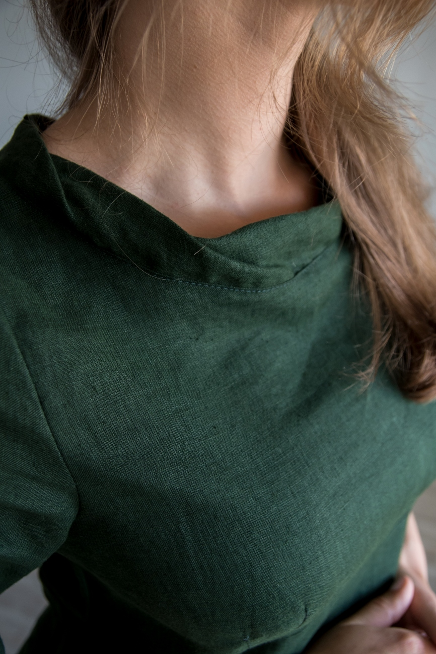 Elegant dark green linen dress
