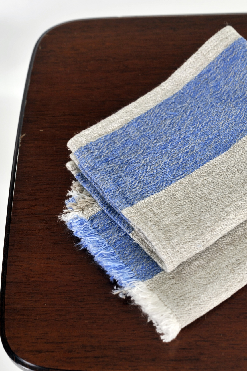 Kitchen towel Benjamin with wide blue stripes