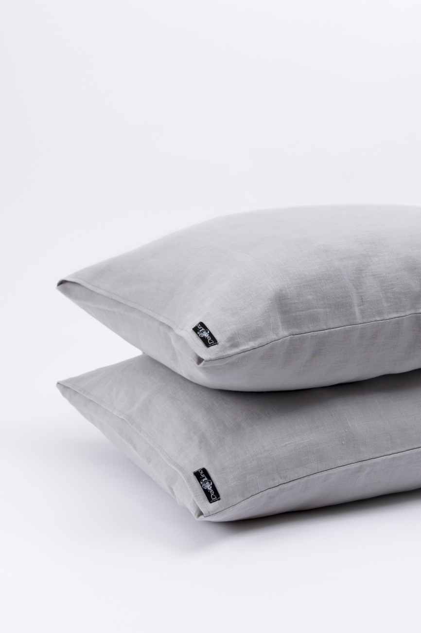 Light grey washed linen pillowcase