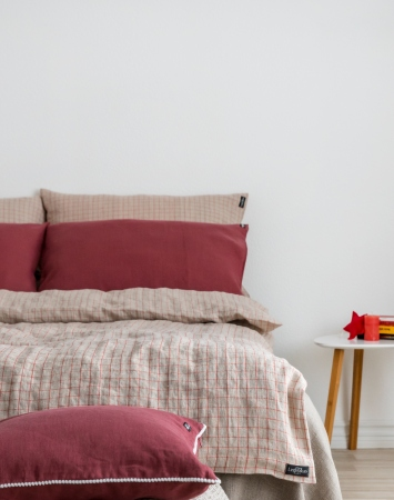 Linen bedding set with red check pattern