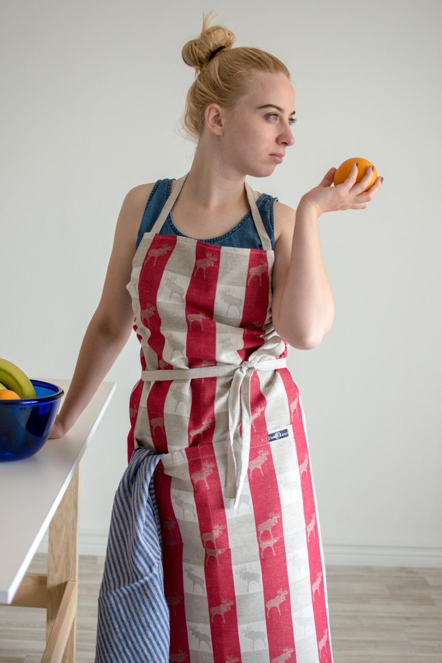 Linen blend bib apron with elk pattern