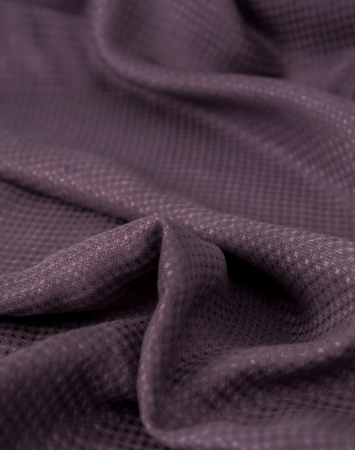 Midweight waffle linen fabric in plum