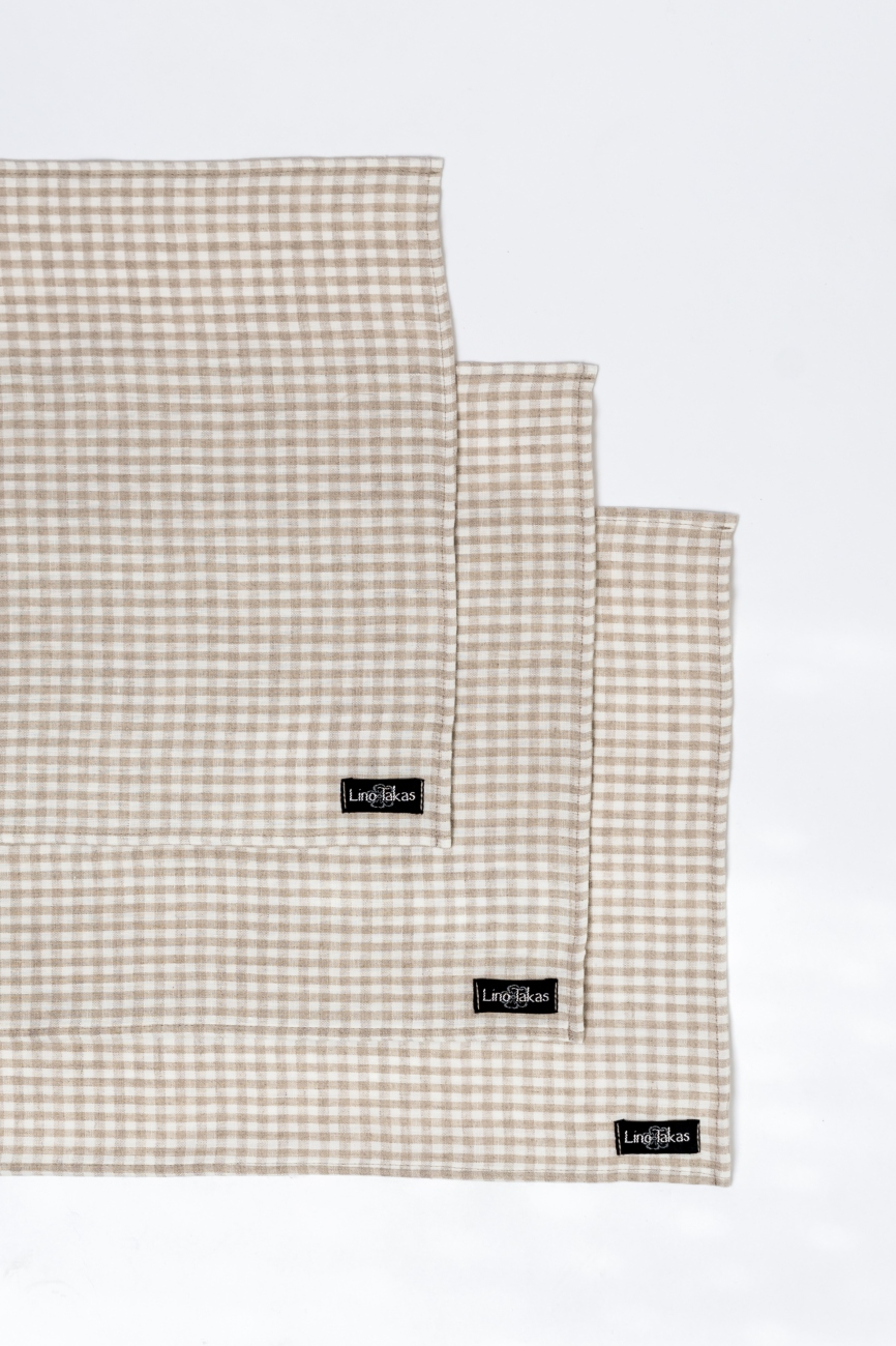 Mini check set of linen table placemats