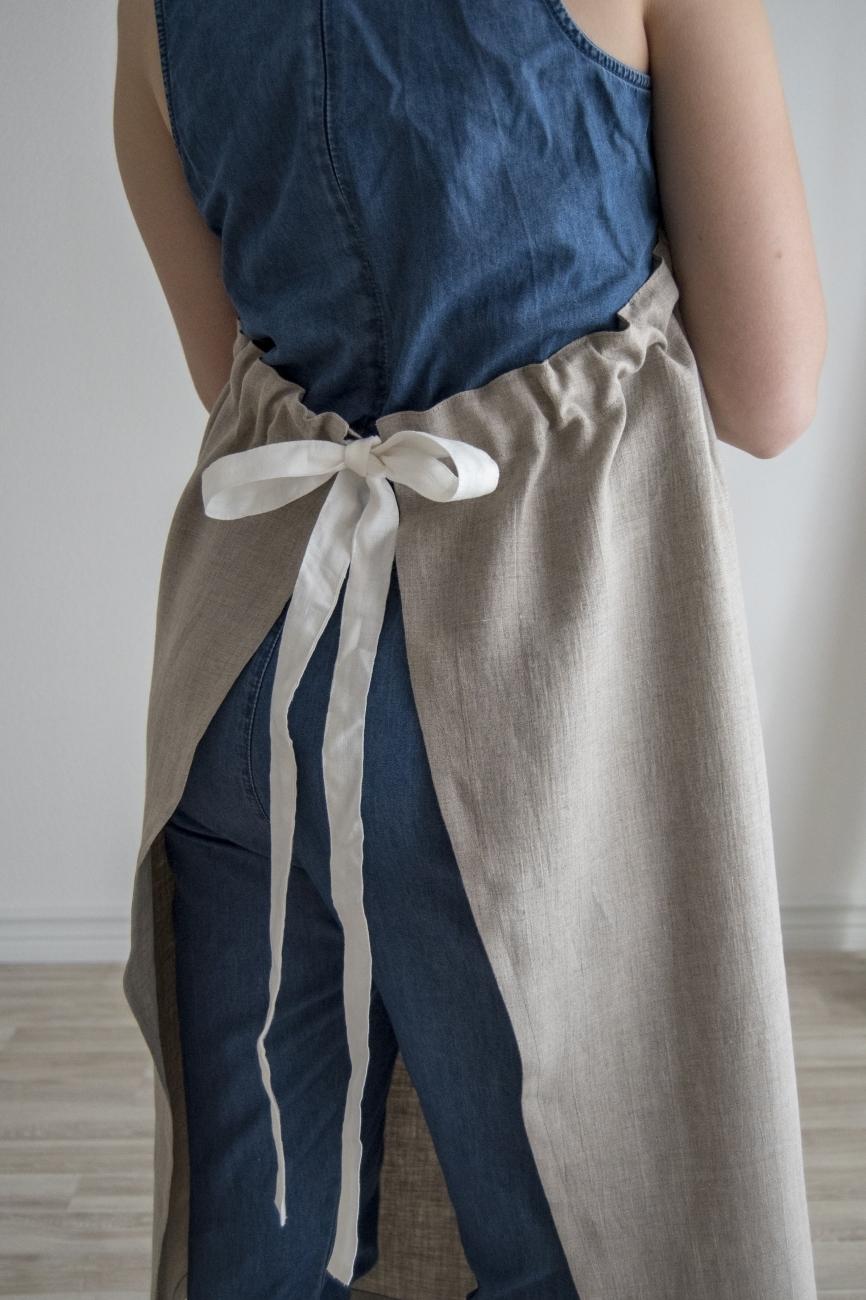 Nartural washed linen bib apron with a pocket