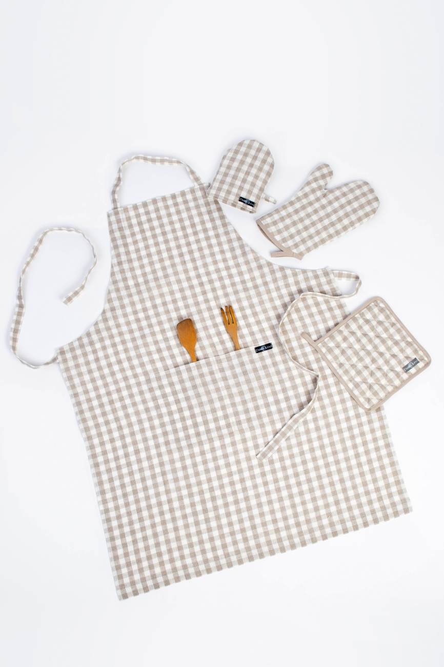 Natural vichy linen bib apron with a double pocket