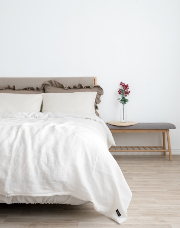 Off-white linen bedding set