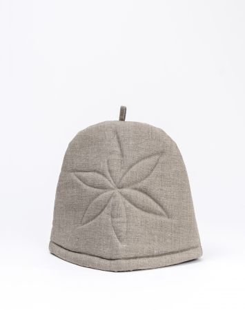 Padded tea cozy from natural linen