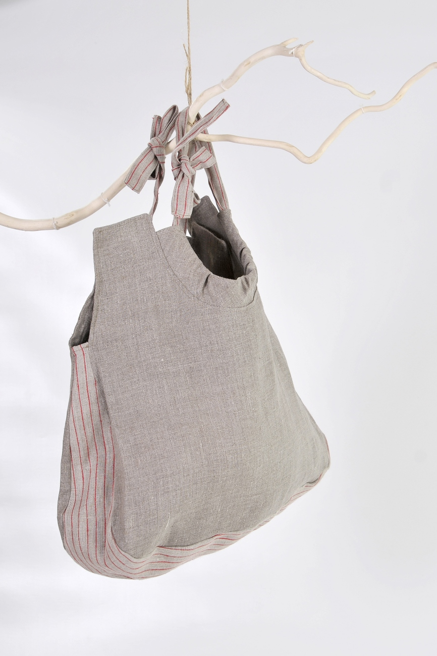 Rounded linen bag with adjustable handles