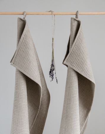 Set of 2 large washed natural waffle linen towels