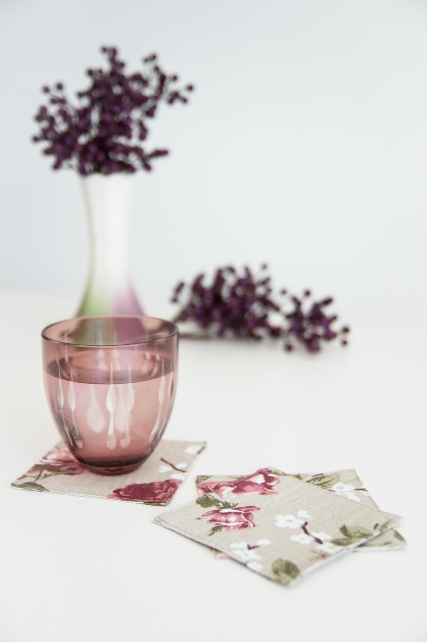 Set of 6 floral linen coasters