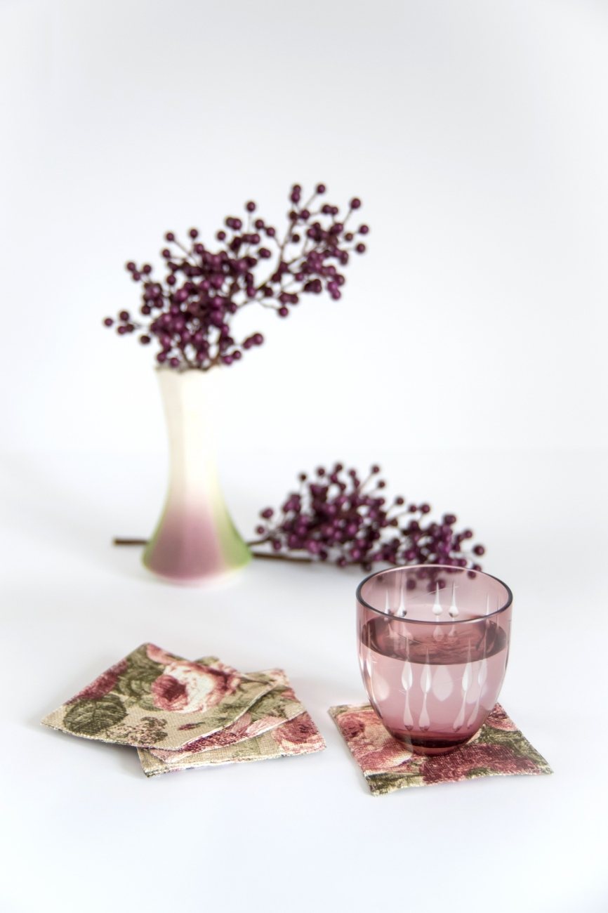 Set of 6 floral linen coasters