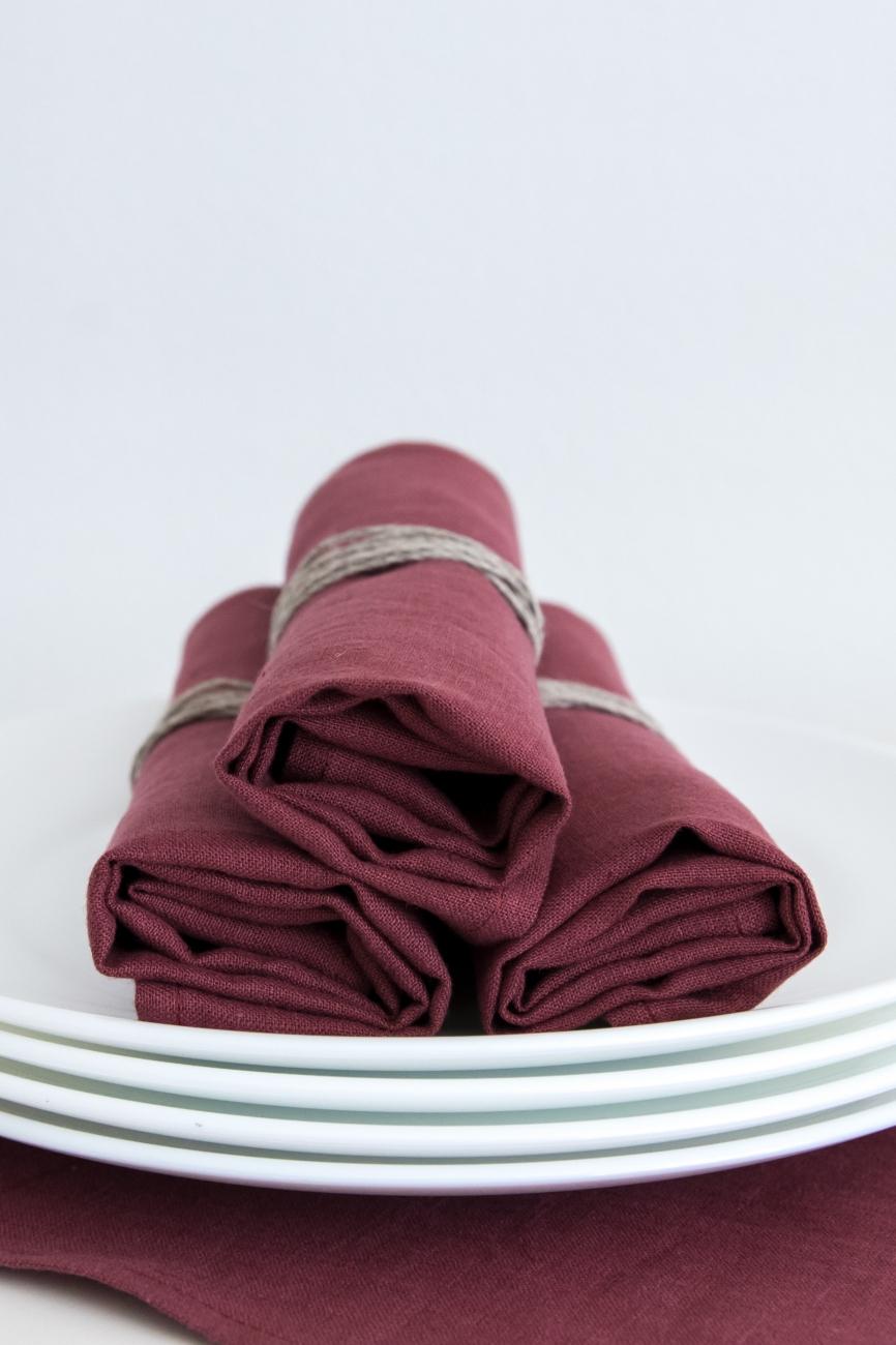 Set of marsala washed linen napkins