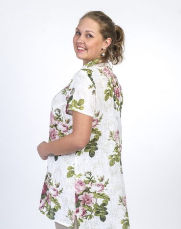 Short sleeve, plus size linen shirt