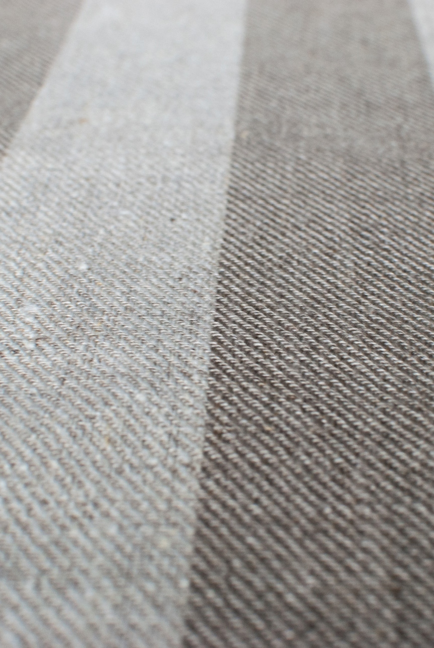 Striped midweight linen twill