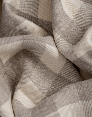 Washed midweight linen twill in buffalo check